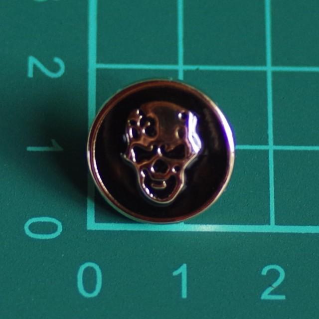 プラスチックボタン・足付き・直径約16mm スカル 髑髏 ドクロ