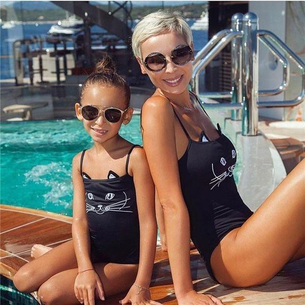 親子水着 猫ちゃん柄 ママ 女児 お揃い服  モノキニ プリント柄 可愛い 水泳用 温泉用 水泳用 女子用 子供用 旅行用 海水浴