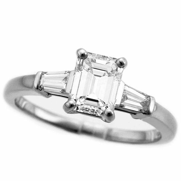 BVLGARI ブルガリ ソリテール グリフ エメラルドカット ダイヤ(D1.07ct G-VS1) リング 約11号 PT950 プラチナ 指輪 女性 27320504
