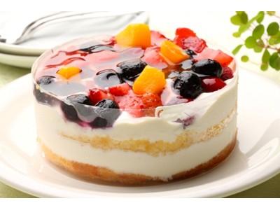 クワトロベリートルテ ケーキ 誕生日 記念日 プレゼント 風味豊かなクリームチーズを配合したレアチーズケーキ