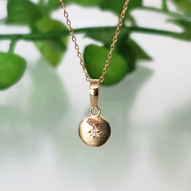 K10(刻印入)コイン型ダイヤモンドネックレス ギフト プレゼント ネックレスピアス 入学 卒業 卒業記念 彼女 妻 母の日 お誕生日
