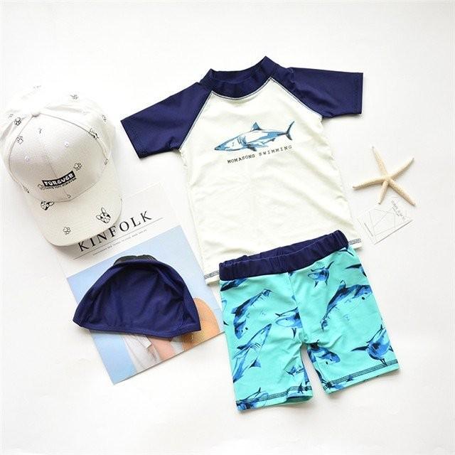 キッズ 子供用 水着 半袖 ラッシュガード ハーフパンツ キャップ付き 3点セット 上下セット サメ柄 男の子 耐久性 保温性 UVカット 日焼
