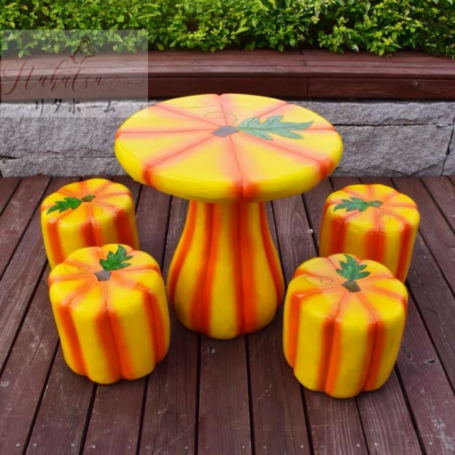 ガーデンテーブルセット 5点セット.アンティーク 室内室外ベランダ兼用 北欧風ガーデンチェア