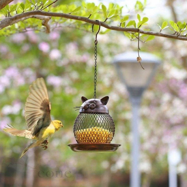バードフィーダー 小鳥 野鳥 用 給餌器 餌台えさ置き 吊下げ 可愛い 給餌器 餌入れ 鳥 ガーデンオブジェ吊下げ メッシュ 金属