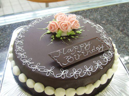 昔懐かしい チョコレート デコレーションケーキ