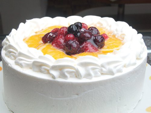 バースデー・生デコレーションケーキ5号〜とってもフルーティ