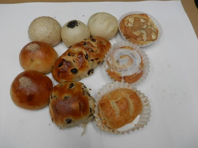 奇跡の30年自家製天然酵母パン  セットV。人気のパンばかり集めてセットにしました。プレゼントとしてのぱんに最適です。