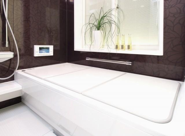 【送料無料】新色登場!ボードタイプの風呂ふた「センセーション」L12 73×118cm 3枚割 両面ホワイト