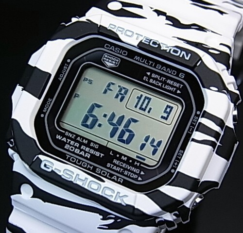 カシオ/G-SHOCK【CASIO/Gショック】ソーラー電波腕時計 マルチバンド6 ホワイト&ブラックシリーズ【国内正規品】GW-M5610BW-7JF
