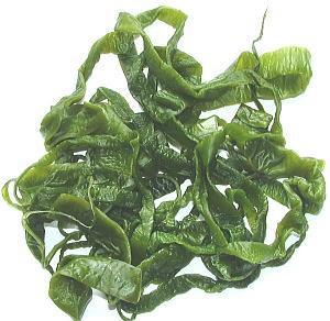 三陸産・茎わかめ500g 三陸産 味噌汁の具材 無添加食品 ダイエット 低カロリー 自然食品 ミネラル ワカメ 国産 海藻