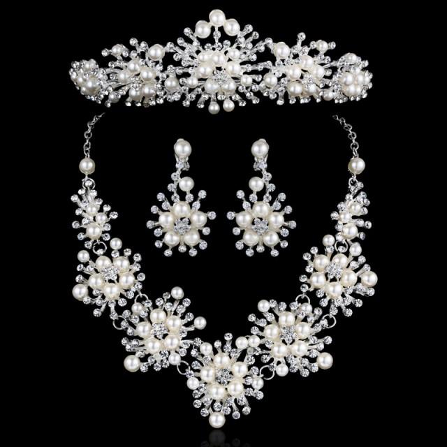 4b24b44e8e5cc  即納  ティアラ ウェディング 結婚式 アクセサリー、花嫁アイテム、ブライダルアクセサリーのネックレス&ピアスorイヤリング&ティア