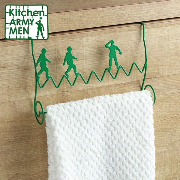 タオルハンガー 引っ掛け式 Kitchen ARMY MEN スチール製 ( タオル掛け タオルバー タオルホルダー キッチン扉用 キッチン用品 キッチン