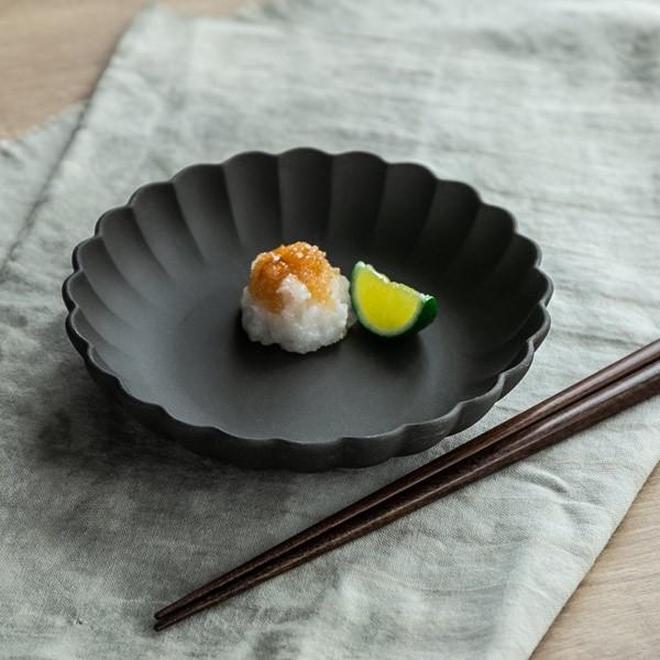 ボウル 15cm フローレ 花 輪花 陶器 食器 日本製 ( 食洗機対応 電子レンジ対応 皿 小鉢 小皿 デザート デザートプレート お皿 取り皿 深