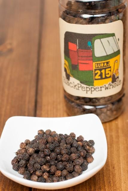 ブラックペッパーホール(100g) Black Pepper Whole / コショウ 黒コショウ 黒胡椒 TIRAKITA お買い得 お試し 食品 食材 アジアン食品 エ