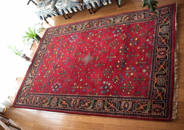 【送料無料】 手織りのインド絨毯 特大【約240cm x 約166cm】 / ラグ マット 手織り絨毯 玄関マット 手編み絨毯 じゅうたん 手作り アジ